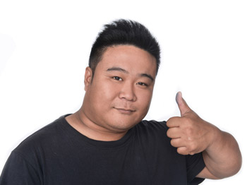 Asian man giving a thumbs up